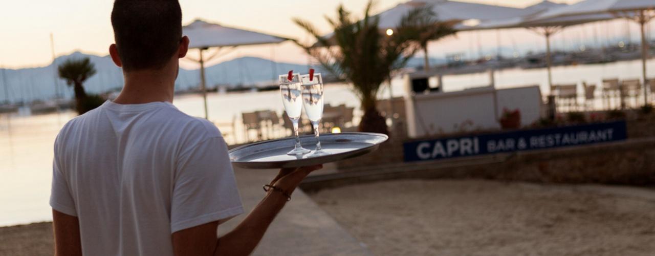 SPEISESAAL AUF DEM MEER Hotel Capri