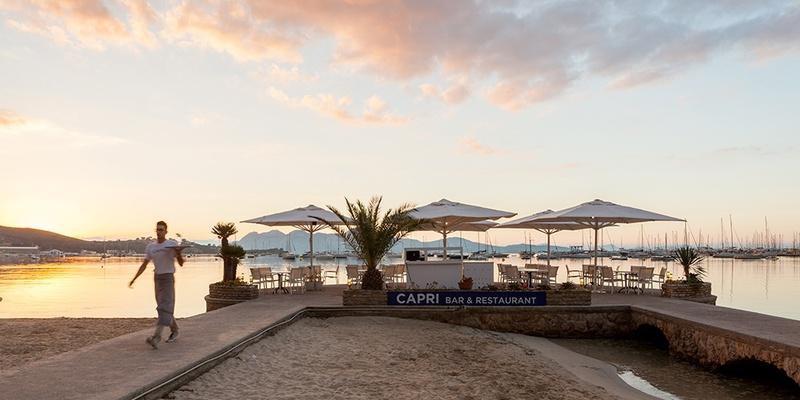 TERRASSE MIT BAR Hotel Capri