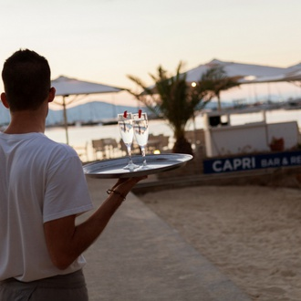 Anklagebank Hotel Capri