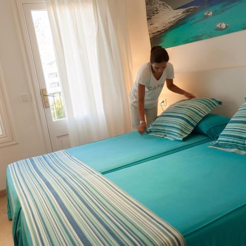 DOPPELZIMMER MIT BLICK AUF DIE STRASSE ODER AUF DIE BERGE Hotel Capri